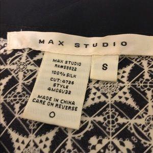 Max Studio Tops - 100% silk v-neck top - Max Studio
